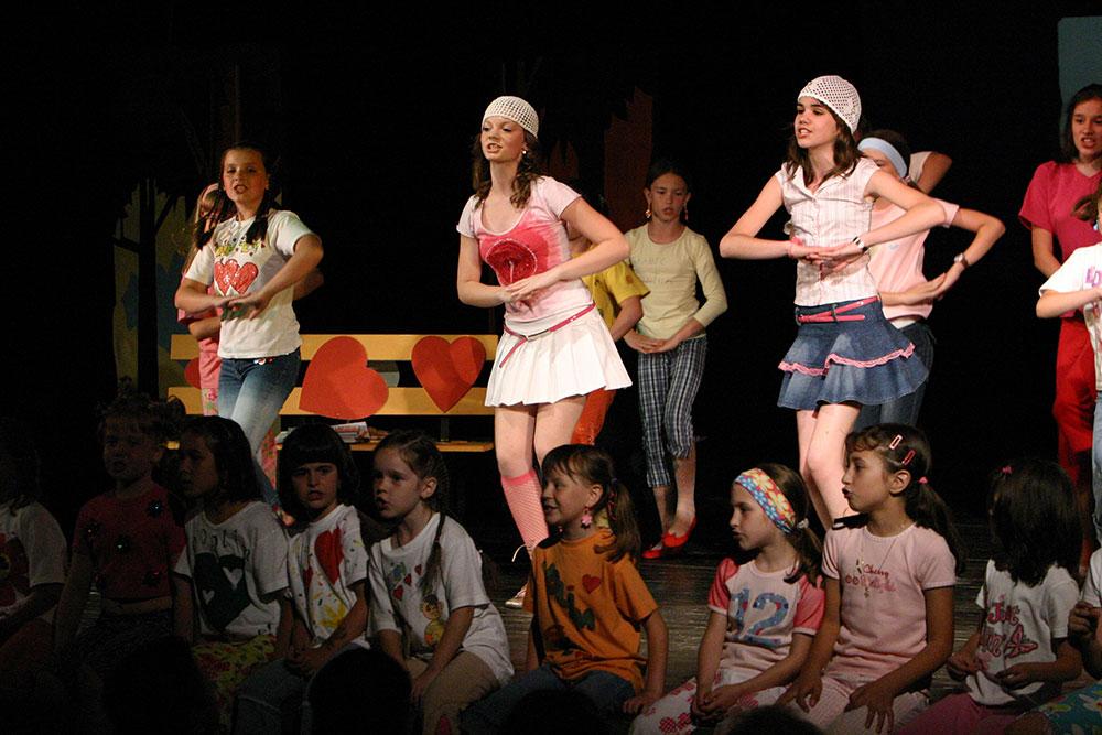 Djecji-zbor-Mjuzikl-Volim-te-Premijera-2004-6