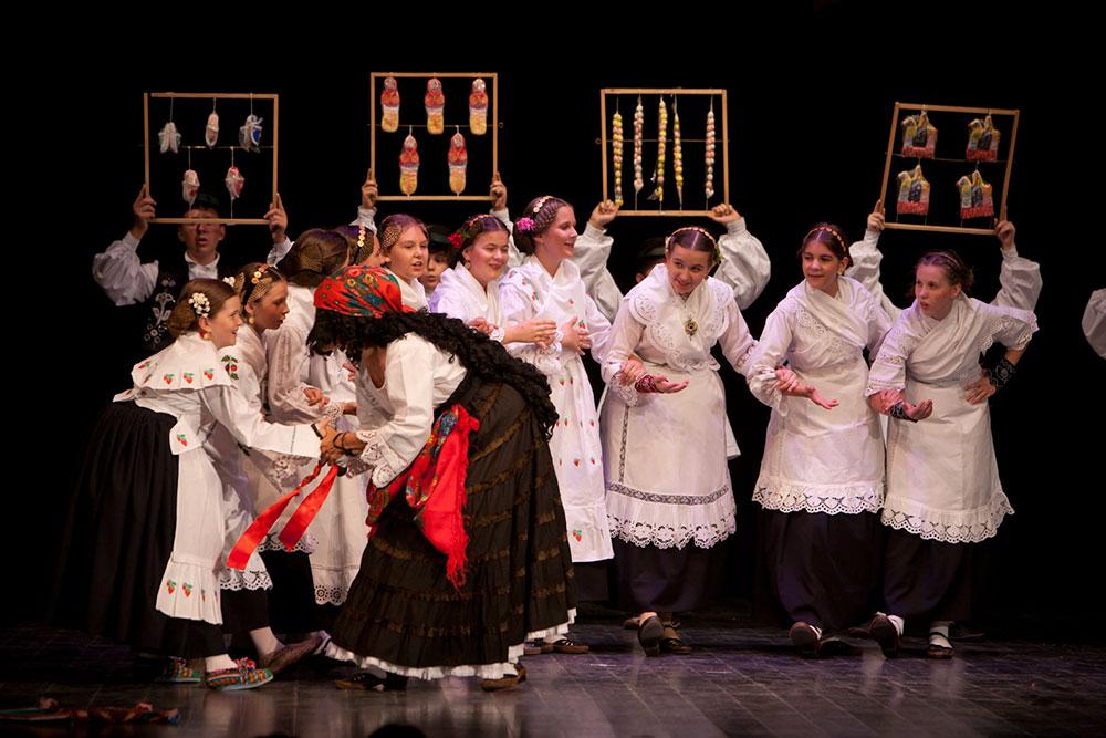 Skola-folklora-Djecja-skupina-10-Koreografija-Kirbaj-2