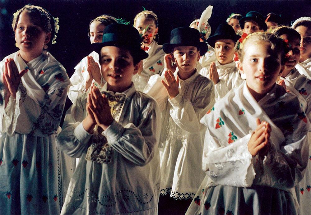 Skola-folklora-Djecja-skupina-10-Koreografija-Kirbaj-3