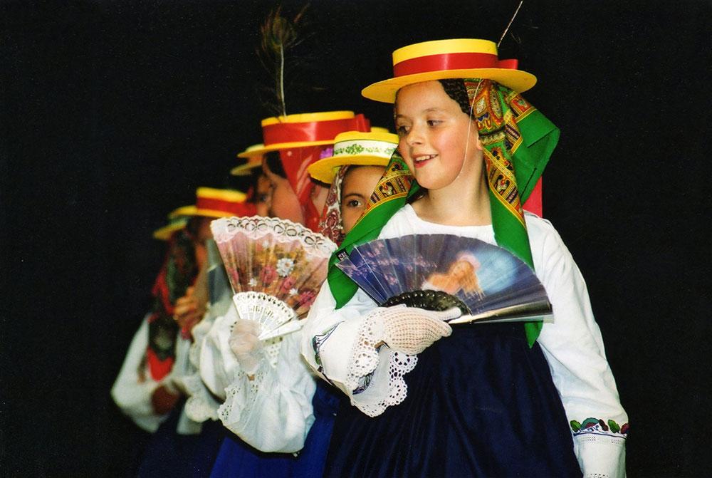 Skola-folklora-Djecja-skupina-7-Koreografija-Kapetanski-ples-2