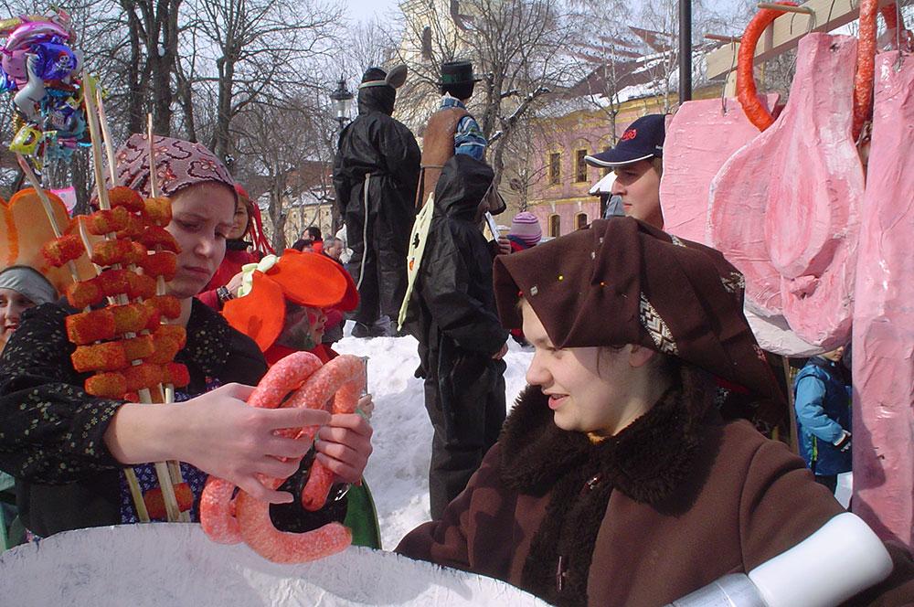 Skola-folklora-Maskenbal-2010-Svinjokolja-Prvo-mjesto-07