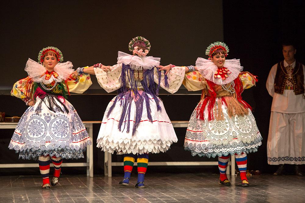 Skola-folklora-Odrasli-Koreografija-Valpovo-02