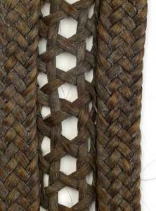 Etno frizura - detalj pletenice